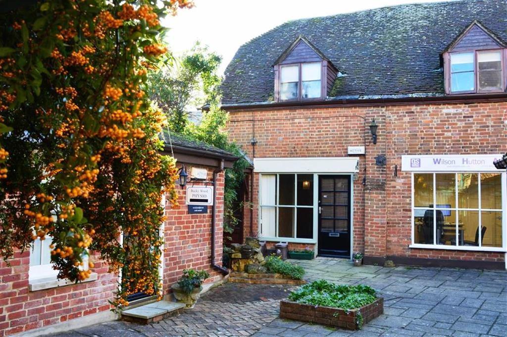 1 Bedroom Flat for sale in Poole Road, Wimborne, Dorset