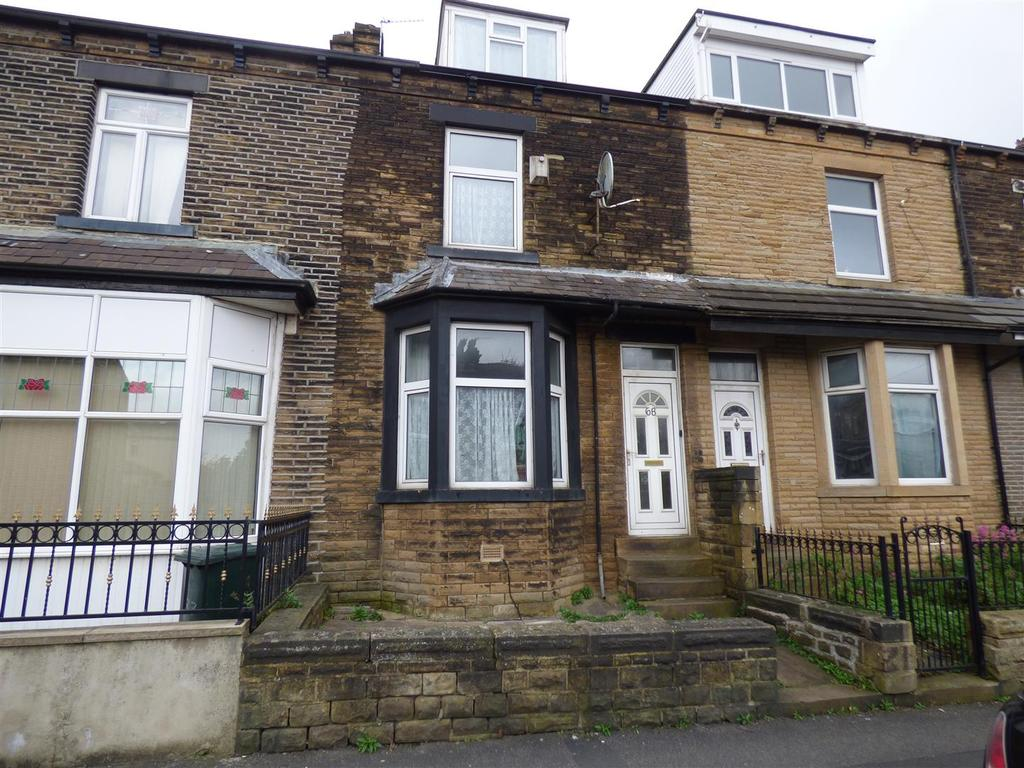4 Bedrooms Terraced House for sale in Thornbury Avenue, Thornbury, Bradford, BD3 8HY