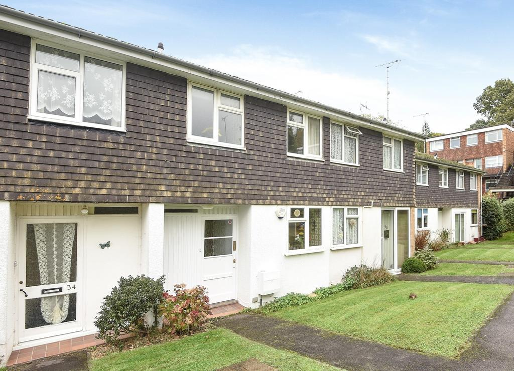 2 Bedrooms House for sale in Newton Court, Perrymount Road, Haywards Heath, RH16