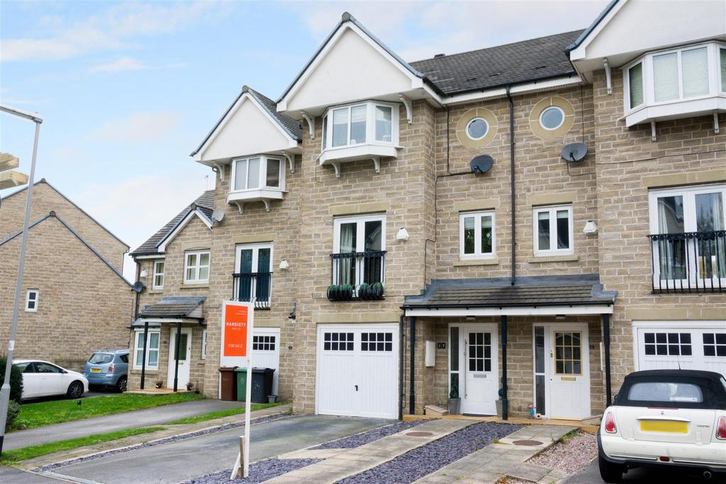 5 Bedrooms Town House for sale in Pennythorne Drive, Yeadon