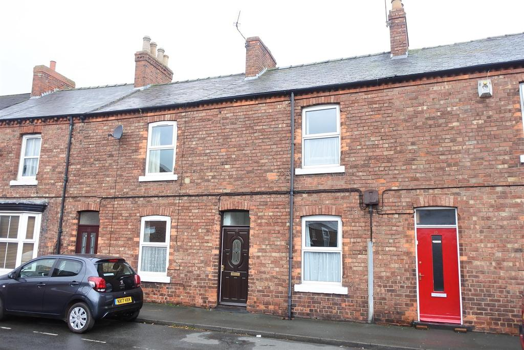 3 Bedrooms Terraced House for sale in Malpas Road, Northallerton