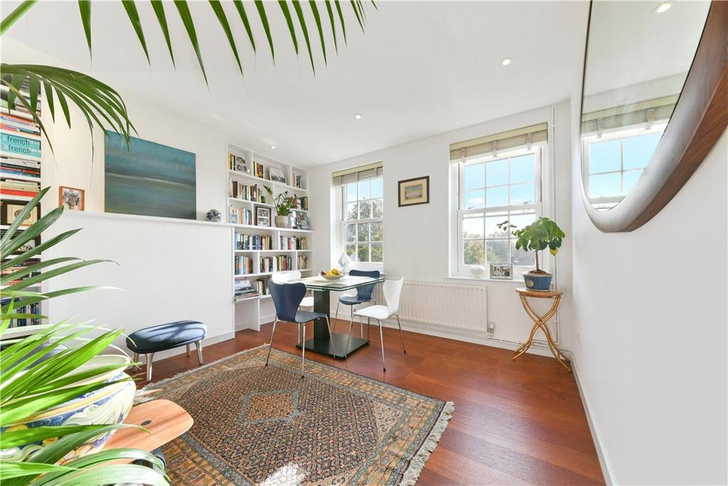 2 Bedrooms Flat for sale in Spring House, Margery Street, Islington, London, WC1X