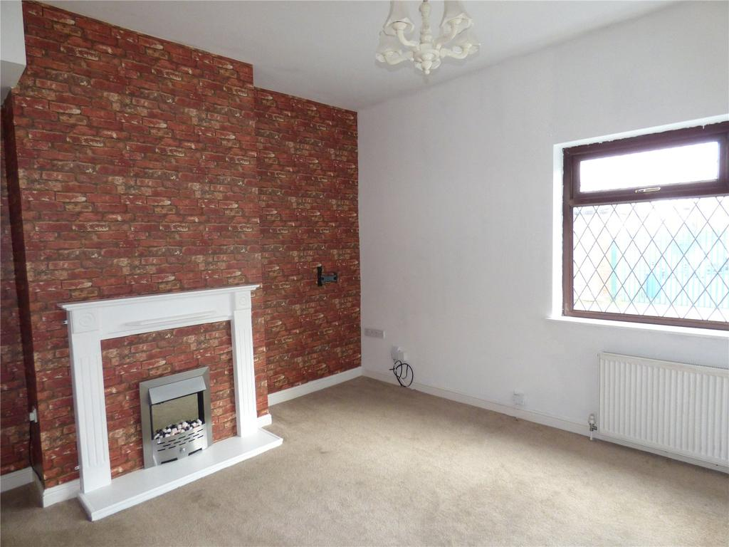 2 Bedrooms End Of Terrace House for sale in Valley Road, Liversedge, WF15
