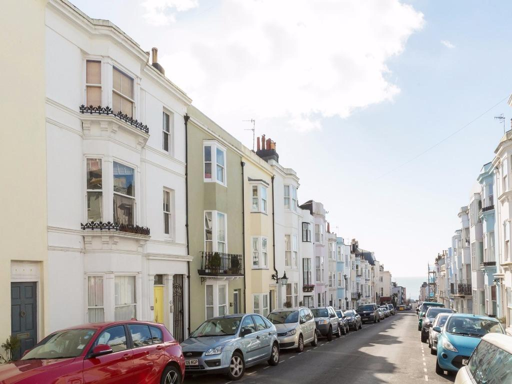 4 Bedrooms Terraced House for sale in Temple Street Brighton East Sussex BN1