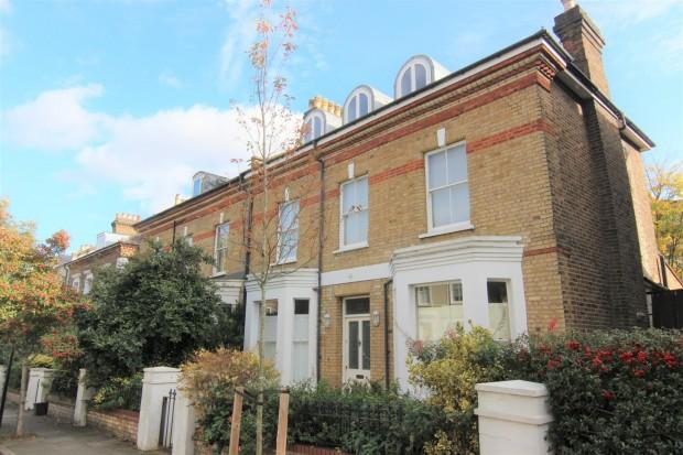 5 Bedrooms Semi Detached House for sale in Beacon Hill London, Islington, N7