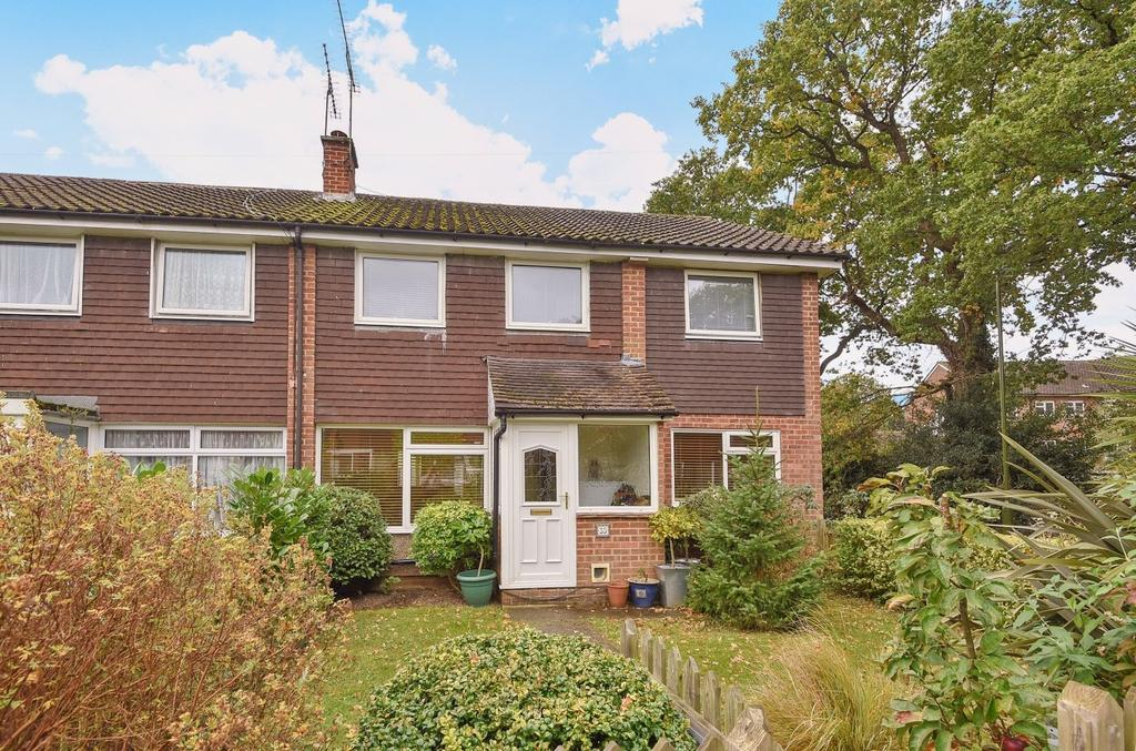 5 Bedrooms End Of Terrace House for sale in Beech Road, Horsham, RH12