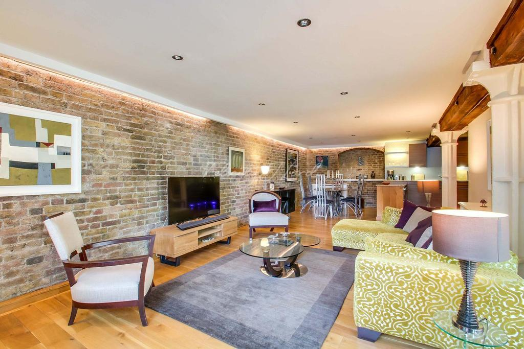 2 Bedrooms Flat for sale in St Saviours Wharf, Mill Street, SE1