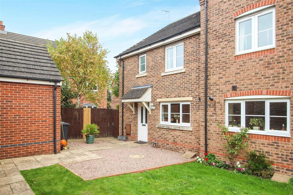 3 Bedrooms End Of Terrace House for sale in Galanos, Long Itchington, Southam