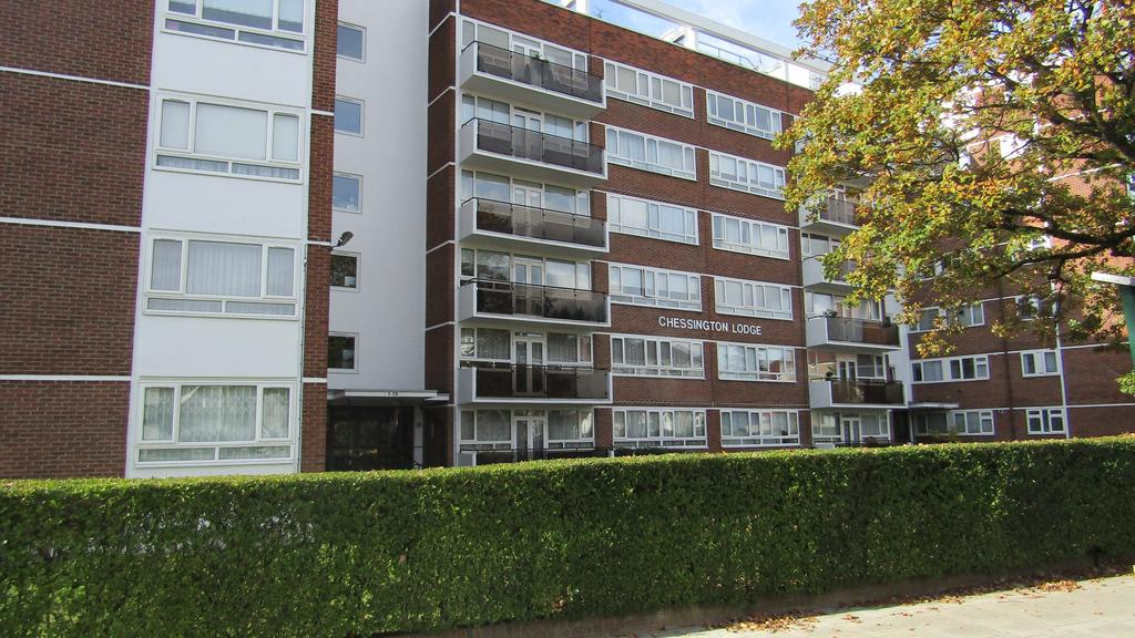 2 Bedrooms Ground Flat for sale in Chessington Lodge, Regents Park Road, Finchley, London N3