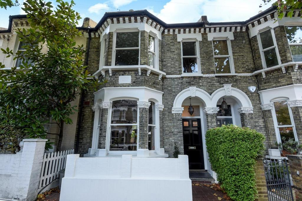 5 Bedrooms Terraced House for sale in Amerland Road, Wandsworth