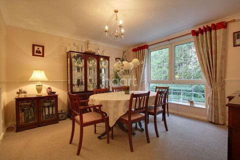 4 bedroom detached house for sale - Wootton Hall Park, Northampton