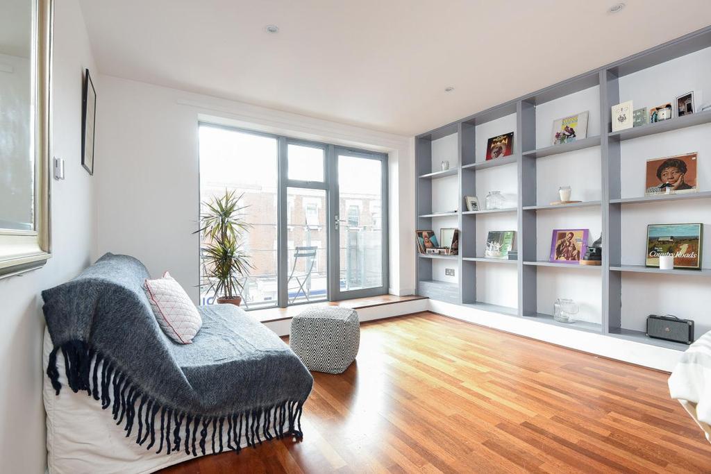 2 Bedrooms Flat for sale in Willesden Lane, Brondesbury