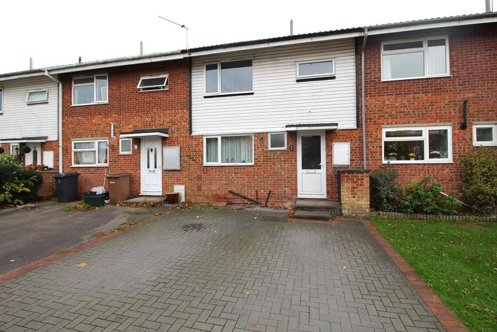 3 Bedrooms Terraced House for sale in Queensland Crescent, Chelmsford, Essex, CM1