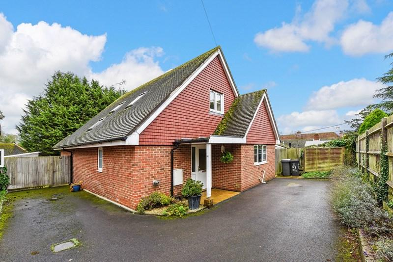 3 Bedrooms Detached House for sale in Sarson Close, Amport, Andover