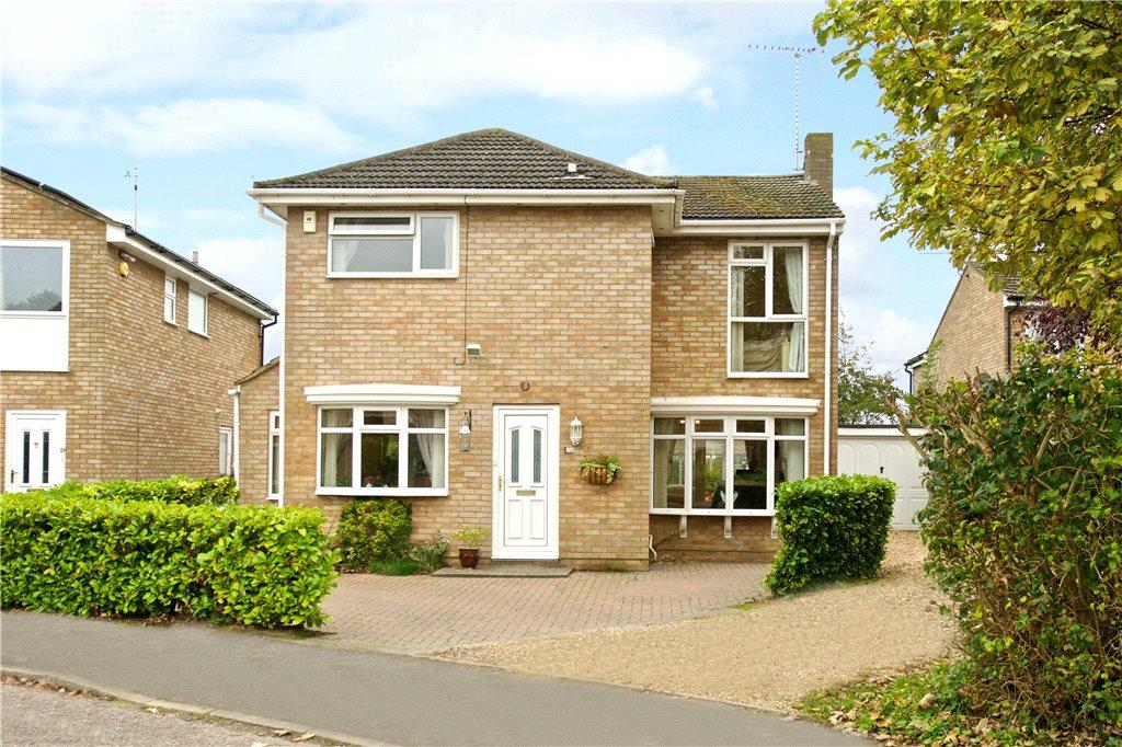 4 Bedrooms Detached House for sale in Carey Way, Olney, Buckinghamshire