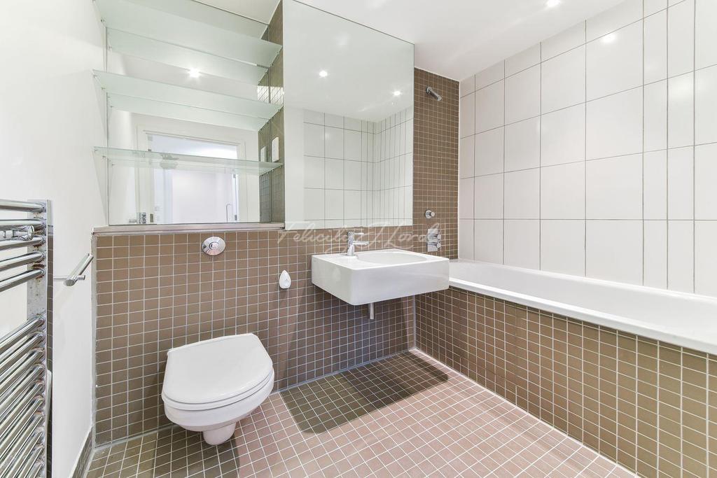 2 Bedrooms Flat for sale in Lever Street, EC1V