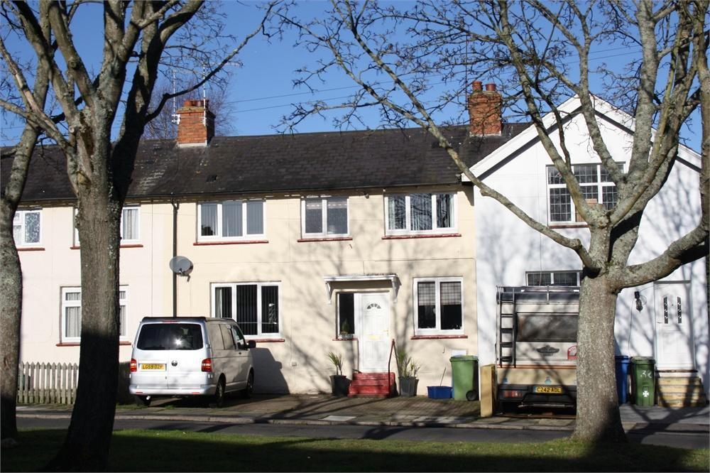 3 Bedrooms Terraced House for sale in Chetwode Place, Aldershot, Hampshire