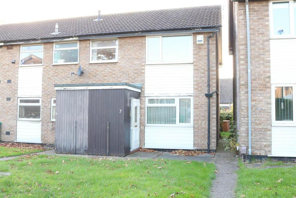 2 Bedrooms Maisonette Flat for sale in Lucerne Close, Wilford, Nottingham