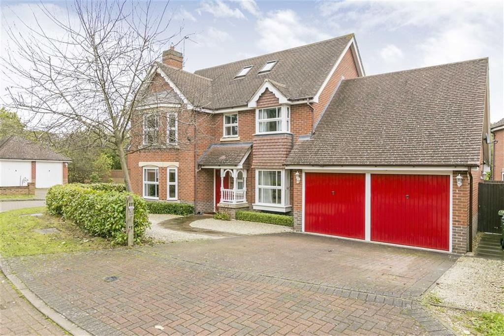 6 Bedrooms Detached House for sale in Hendon Grove, Epsom, Surrey