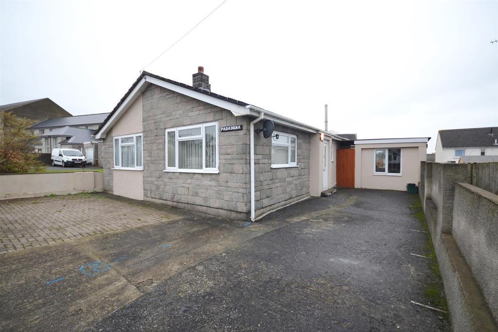 2 Bedrooms Detached Bungalow for sale in Treowen Road, Pembroke Dock