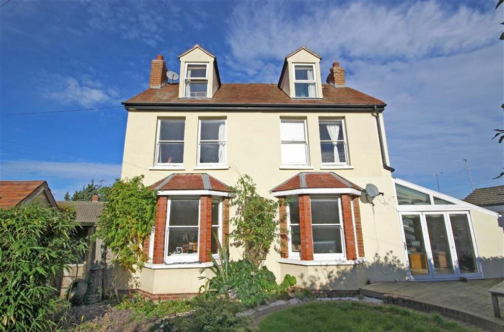 4 Bedrooms Detached House for sale in Badminton Close, Leckhampton, Cheltenham, GL53