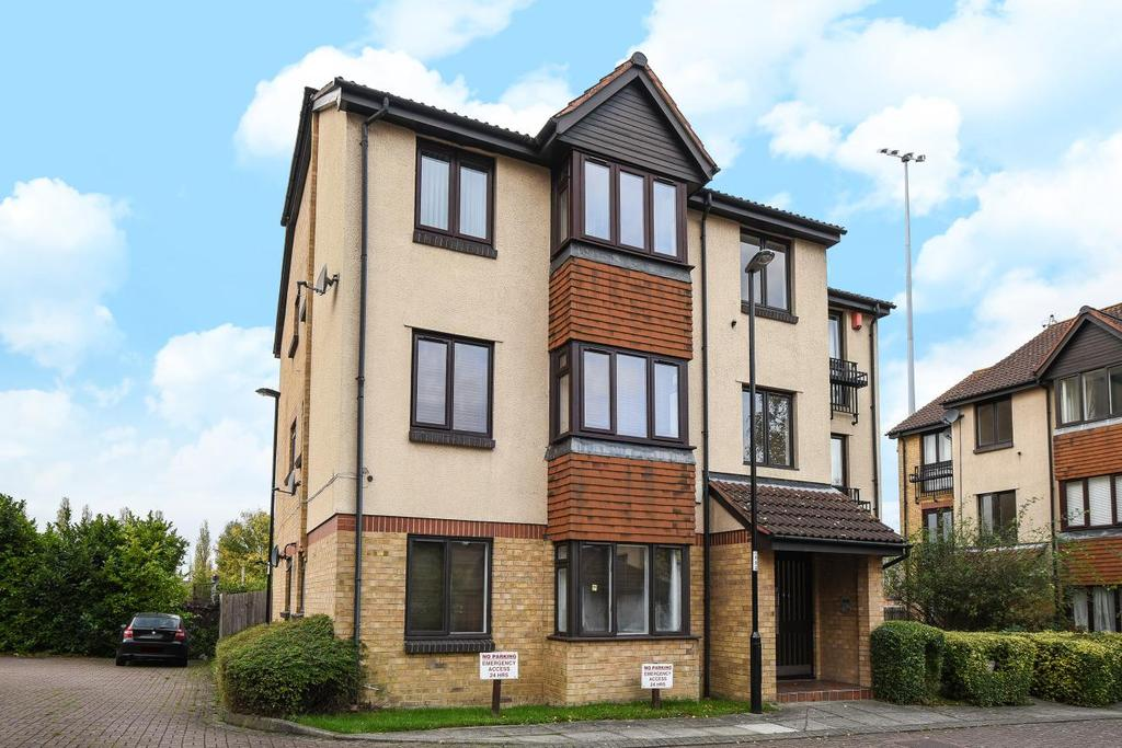 1 Bedroom Flat for sale in Bramdean Crescent, Lee