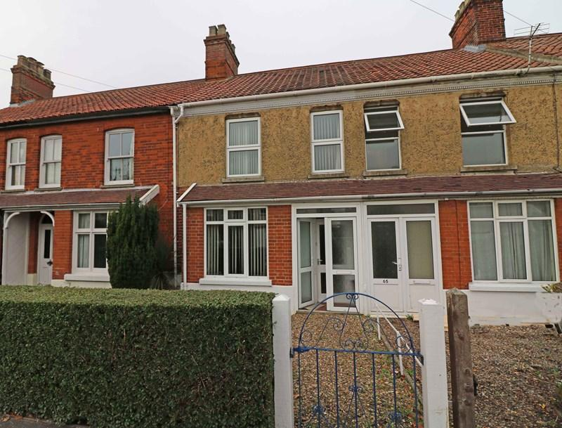 3 Bedrooms Terraced House for sale in Norwich Road, Wymondham
