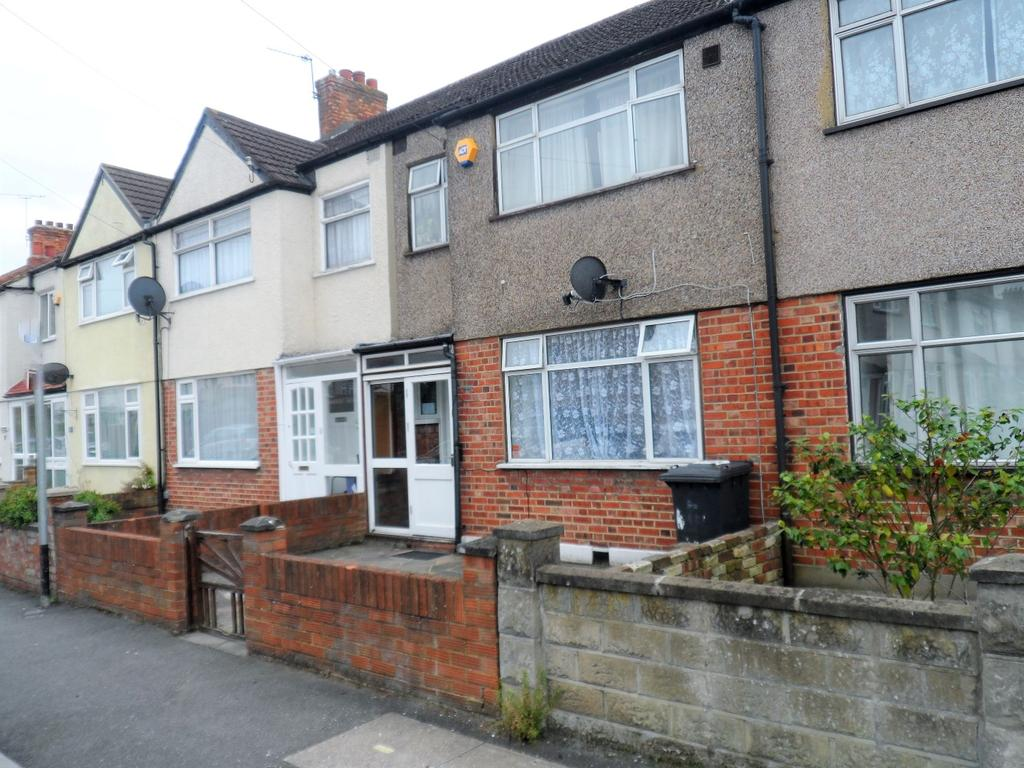 3 Bedrooms House for sale in Mitcham CR4, Mitcham, London CR4 cr4 CR4