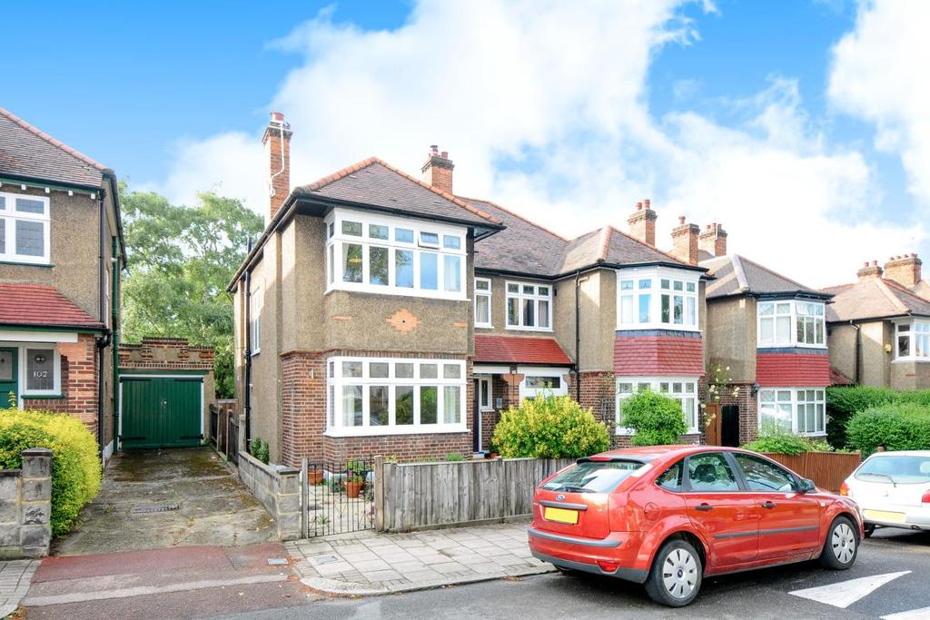 3 Bedrooms Semi Detached House for sale in Cheviot Road, West Norwood