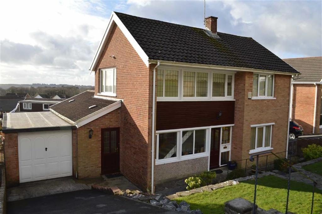 3 Bedrooms Detached House for sale in Hendrefoilan Avenue, Swansea, SA2