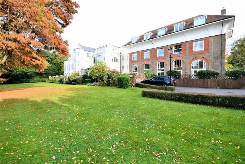 2 Bedrooms Duplex Flat for sale in Games Road, Cockfosters Road, Hertfordshire