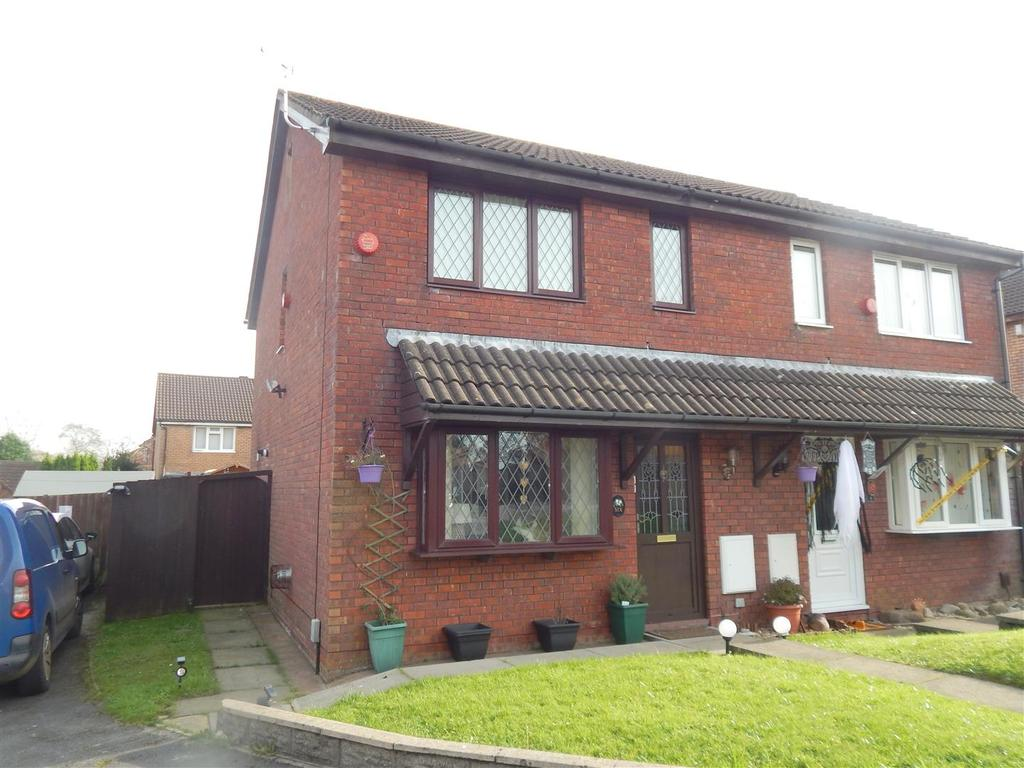 3 Bedrooms Semi Detached House for sale in Delfan, Llangyfelach, Swansea