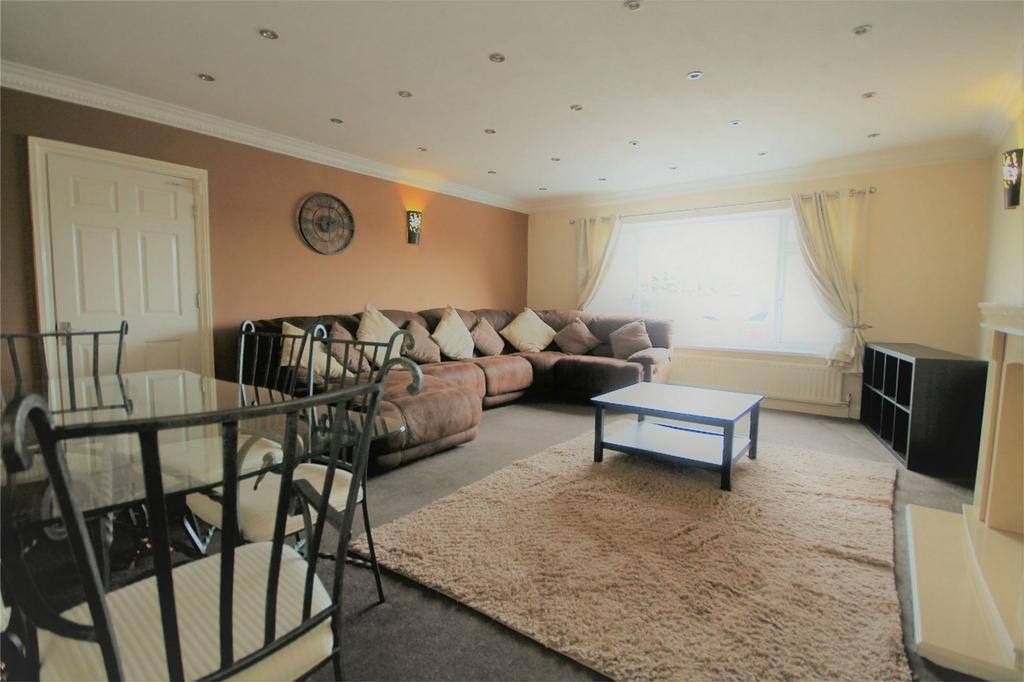 1 Bedroom House Share for rent in Town Lane, Stanwell, Staines-upon-Thames, Surrey