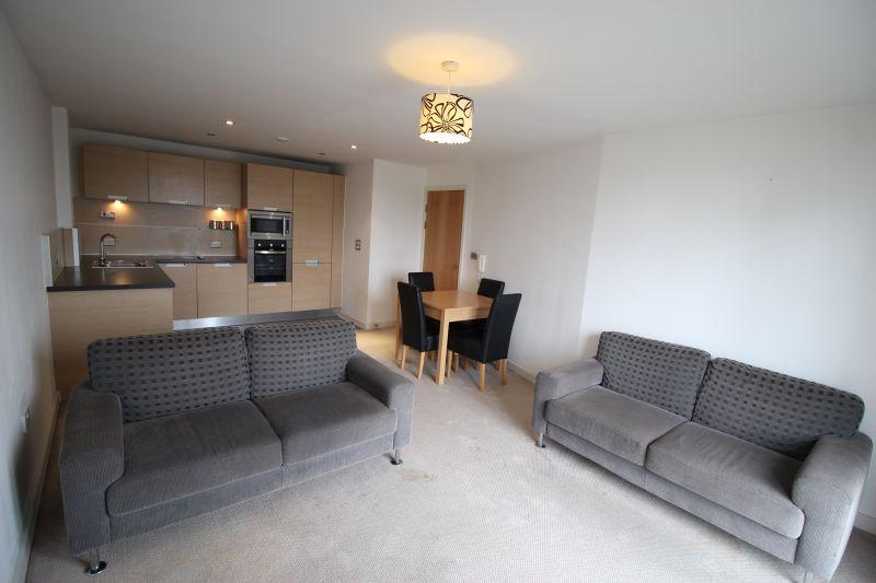 2 Bedrooms Apartment Flat for sale in Masson Place, Hornbeam Way, Green Quarter