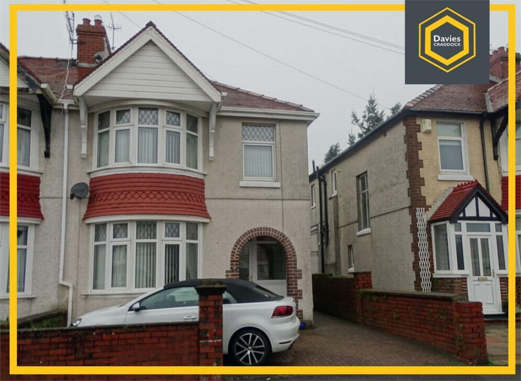 3 Bedrooms Semi Detached House for sale in 27 Denham Avenue, Llanelli, Carmarthenshire