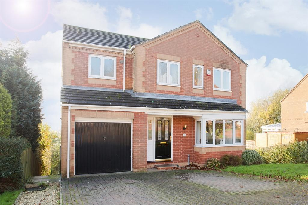 4 Bedrooms Detached House for sale in 11 Gus Walker Drive, Pocklington, York