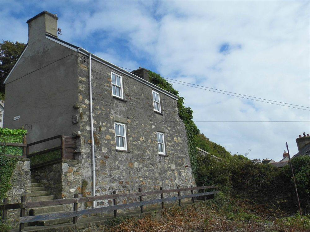 2 Bedrooms Detached House for sale in Berachah Cottage, New Hill, Goodwick, Pembrokeshire