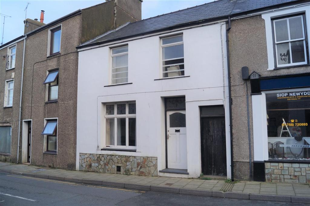 3 Bedrooms Terraced House for sale in High Street, Nefyn, Pwllheli