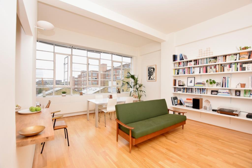 1 Bedroom Flat for sale in Grange Road Bermondsey SE1