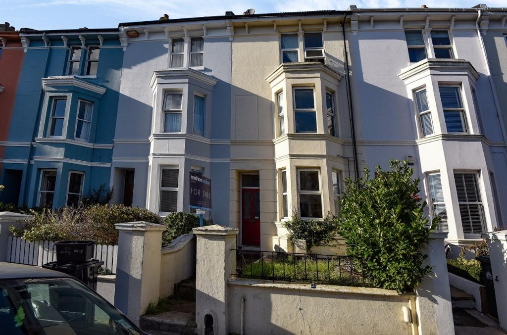 1 Bedroom Flat for sale in Queens Park Road Brighton East Sussex BN2