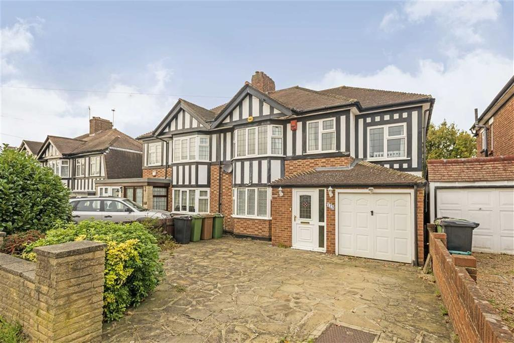 4 Bedrooms Semi Detached House for sale in Thorndon Gardens, Stoneleigh, Surrey