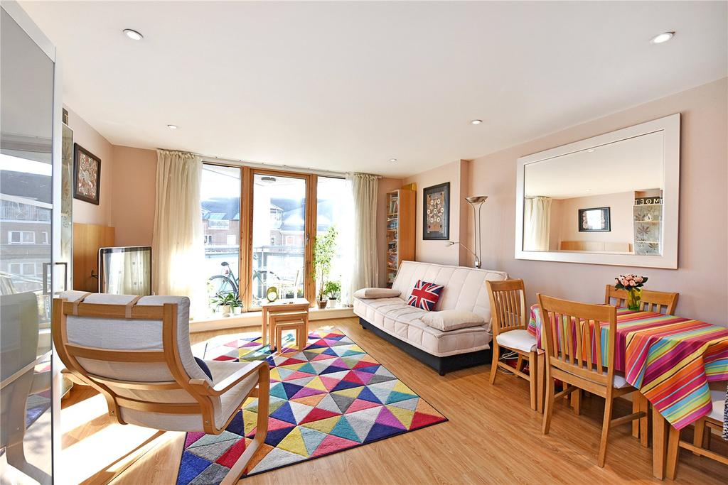 2 Bedrooms Flat for sale in Crews Street, London