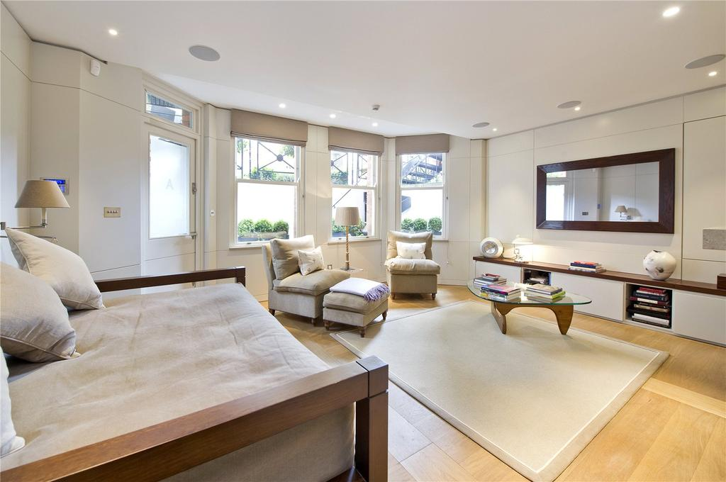 1 Bedroom Flat for sale in Egerton Gardens, Knightsbridge, London