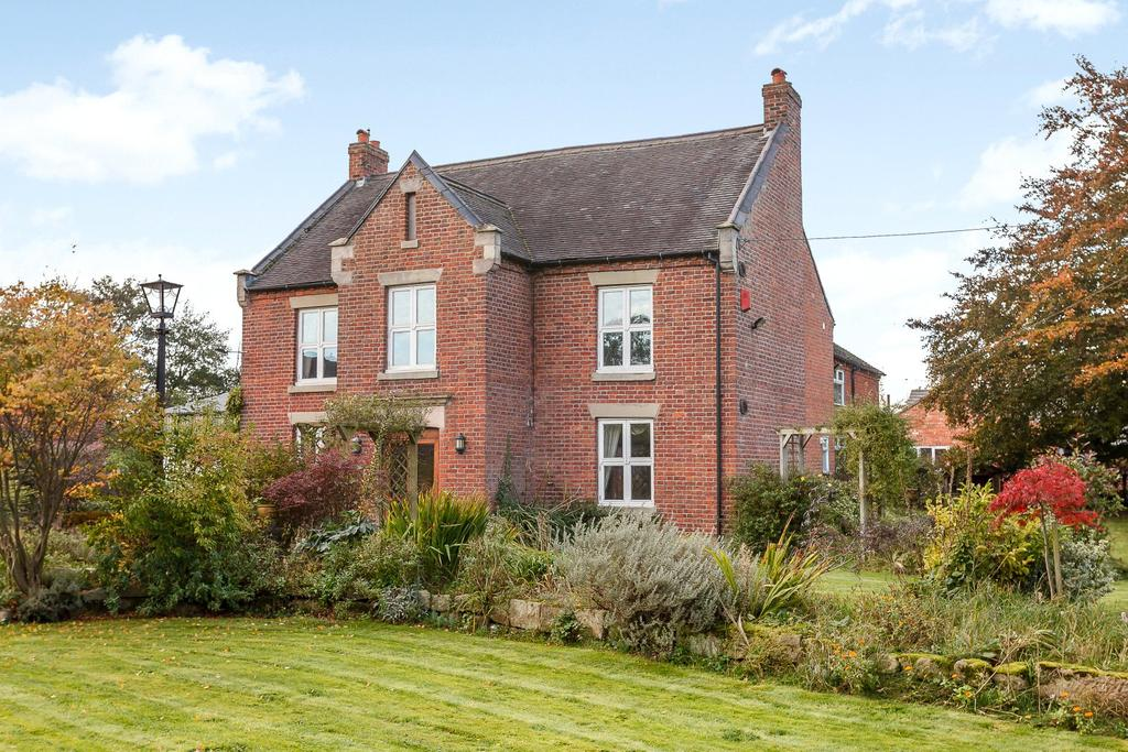 5 Bedrooms Detached House for sale in Brownlow, Congleton, Cheshire