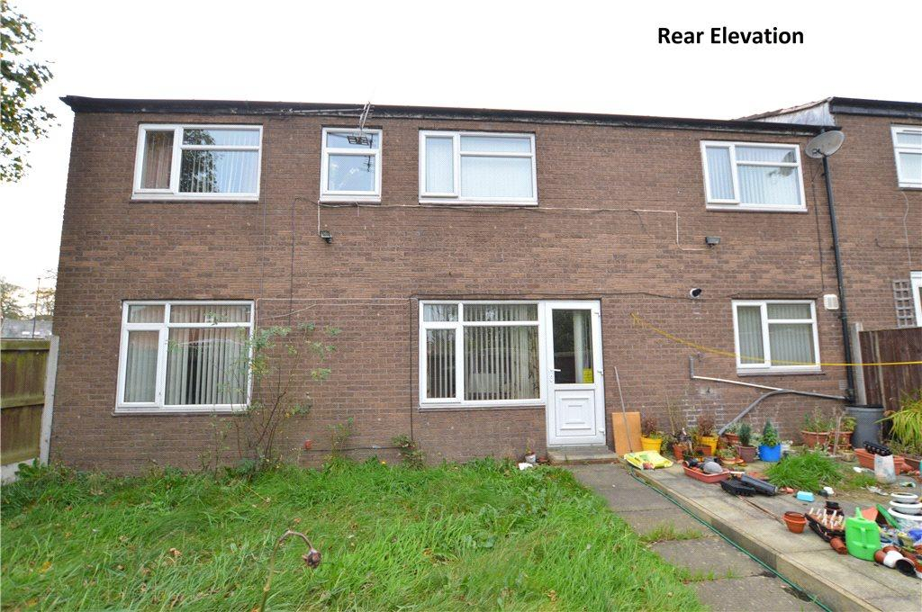 4 Bedrooms Terraced House for sale in Ashlea Gate, Leeds, West Yorkshire