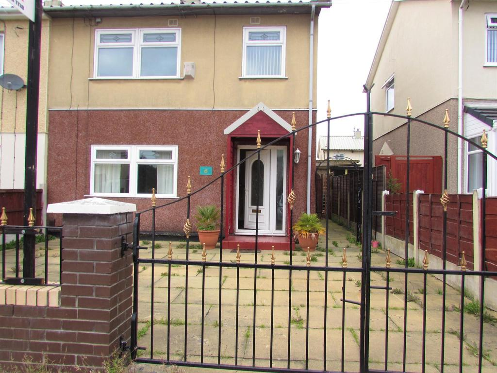 3 Bedrooms Semi Detached House for sale in Rogate Drive, Wythenshawe, Manchester, M23