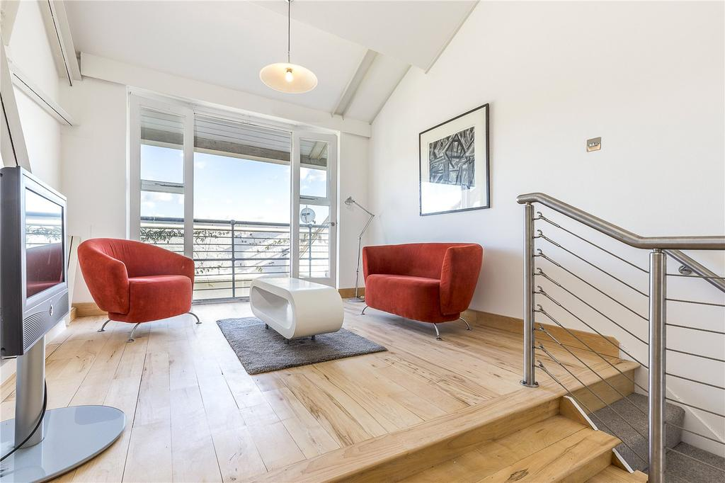 2 Bedrooms Flat for sale in The Power House, Chiswick High Road, Chiswick, London, W4