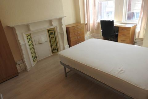 4 bedroom house to rent - Hawthorne Avenue, uplands, Swansea