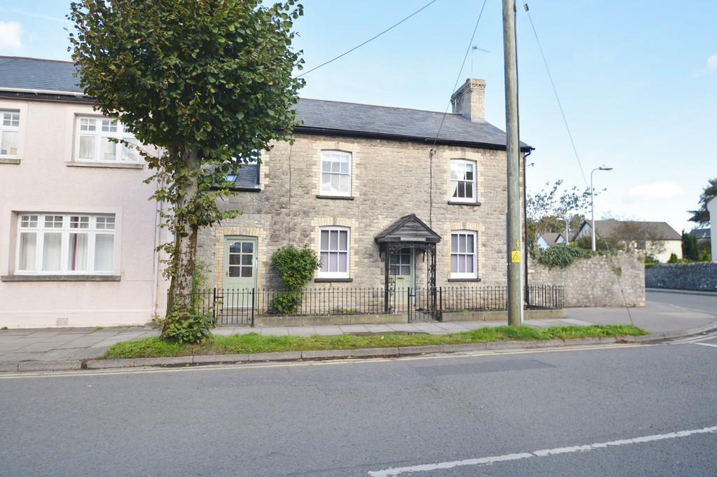 4 Bedrooms Cottage House for sale in Westgate, Cowbridge, Vale of Glamorgan CF71 7EL