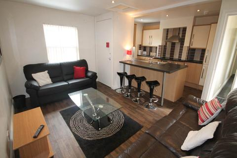 5 bedroom apartment to rent - Ashbourne Road, Derby,